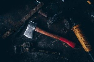 Tomahawk vs  Hatchet vs  Axe – Can You Spot the Difference?